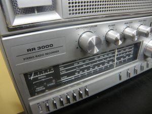 GRUNDIG RR 3000