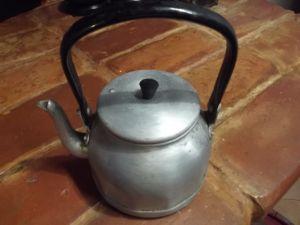Алуминиев ретро чайник