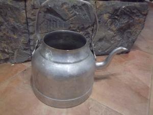 Стар чайник от военна кухня -3л