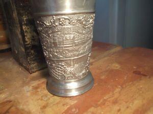 Метална чаша  за вино