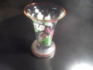 Стара вазичка ръчно рисувана