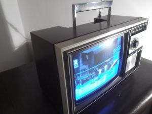 TV SHARP SOLID STATE 9