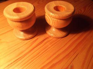 2бр. свещници дървени