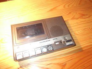 MINERVA KR 150 Minikassettengerät ,Cassette-Recorder or -Player