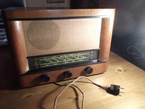 Radio MAREK M465