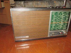 NORDMENDE GALAXY mesa 2200-radio