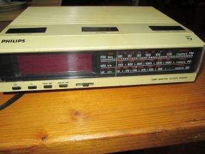 PHILIPS 90AS096/50 digital clock radio