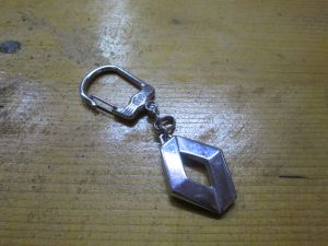 Метален ключодържател-Рено
