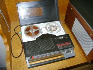 TELEFUNKEN magnetofon 301- Recorder and/or Player
