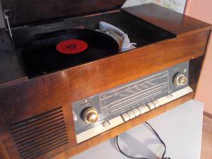 Radiogramo AKORD 102