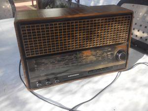 Grundig RF 640 radio