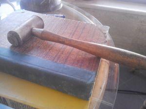 Старинно дървено обущарски чукче
