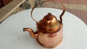 Старинен месингов чайник