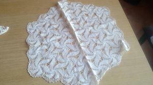 Кръгла фолклорна плетена покривка 58см