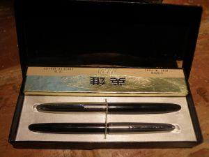Комплект писалка с химикалка-HERO/за колекционери/