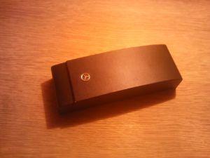 Оригинална Мерцедес-кутийка за очила с магнитно затваряне