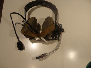 пилотски военни слушалки от МИГ 15
