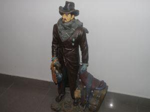 Статуетка каубой -височина 60см.