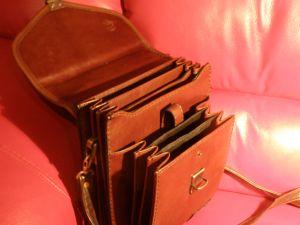 кожена чанта с 6 прегради