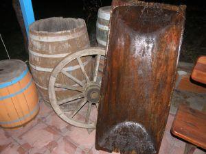 Дървено корито за пране