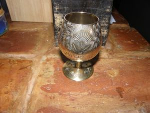 Месингова чаша