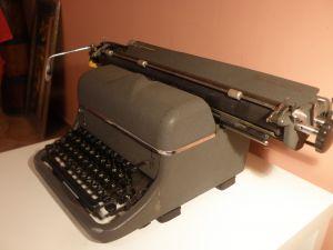 Пиш. машина ZETA-широк валяг.