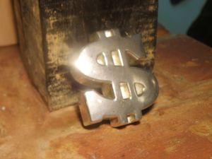 метален знак/лого/ на американски долар